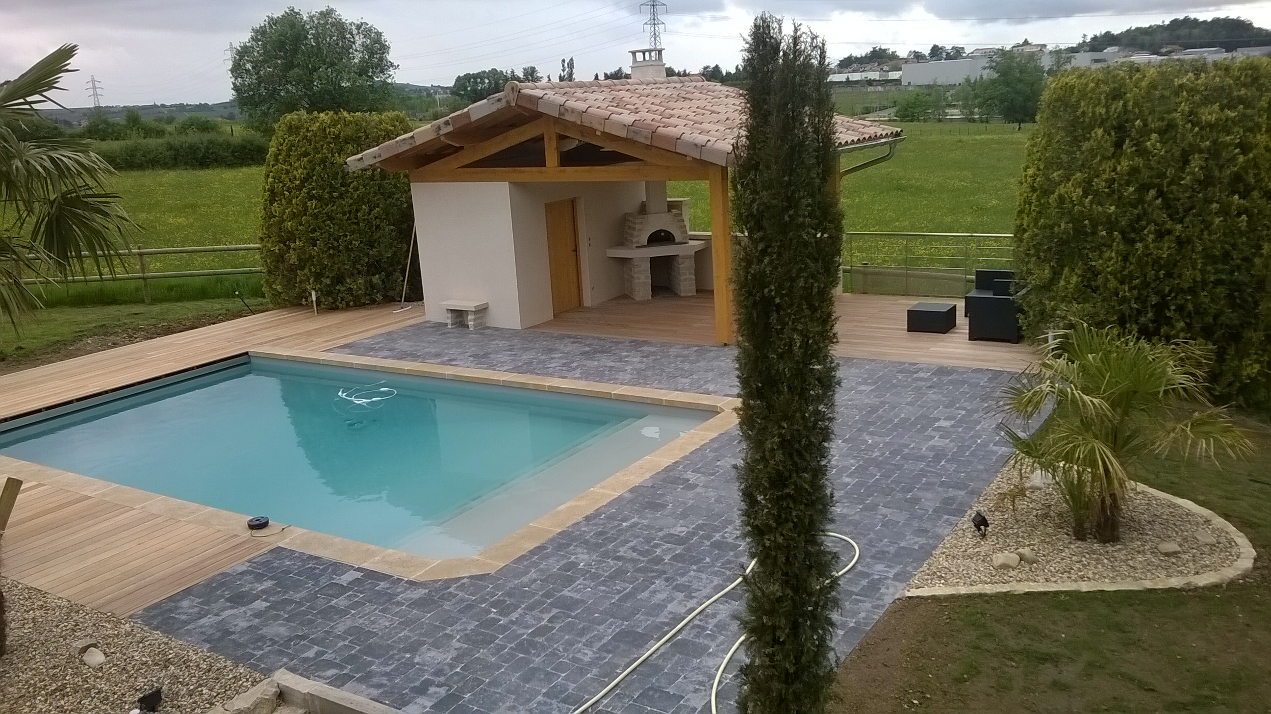 Nos r alisations jaca paysage for Pool house piscine